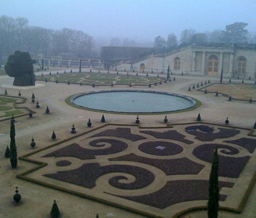 koons_Chateau_de_Versailles.jpg