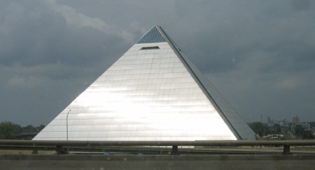 35 memphis-pyramid.jpg