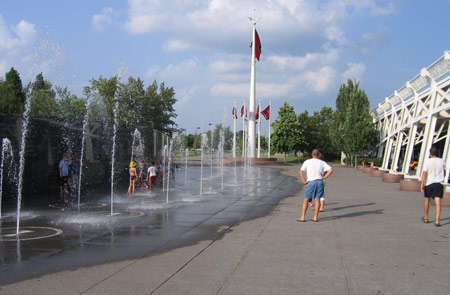 42 nashville-fountain-1.jpg