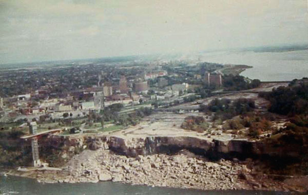 Dry-niagara.jpg
