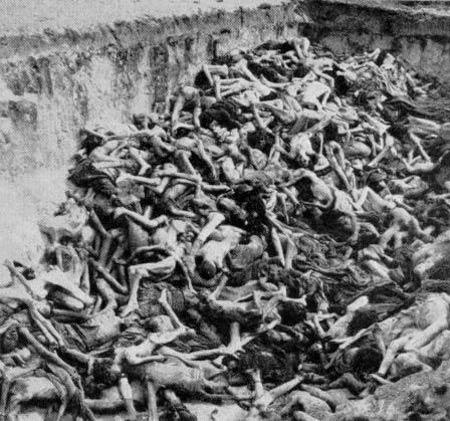 Mass_Grave_Bergen_Belsen_Ma.jpg