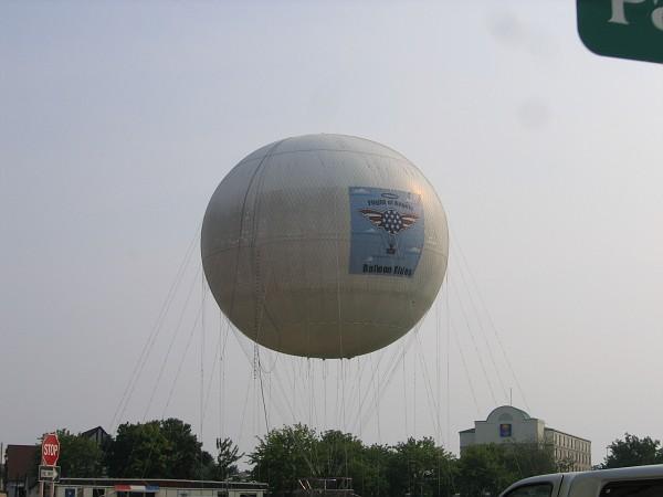 niagara balloon.jpg
