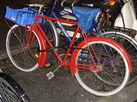 red_bike.jpg