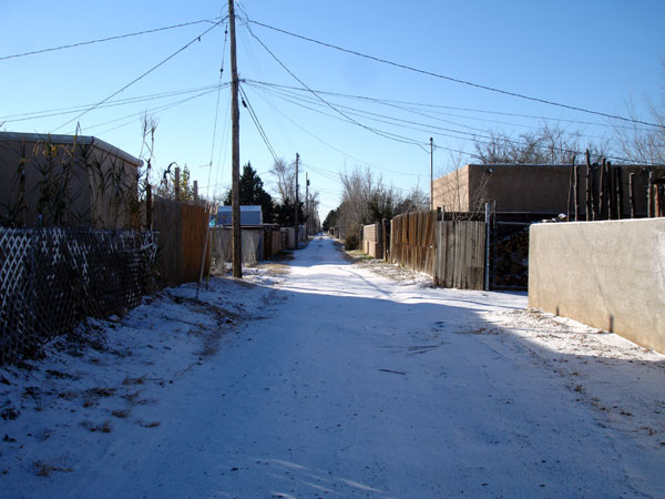 snowy_alley.jpg