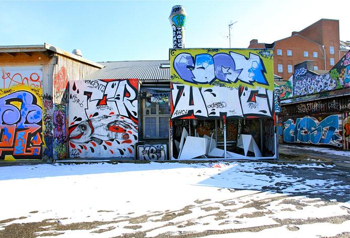 in the streets of copenhagen part 2. Black Bedroom Furniture Sets. Home Design Ideas