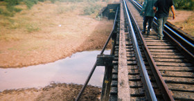walk_train.jpg