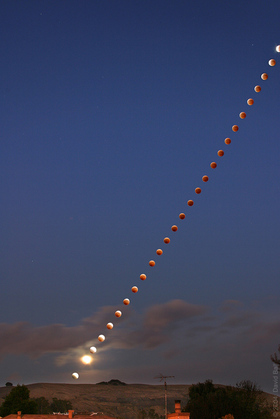 Lunar-eclipse-2004.jpg